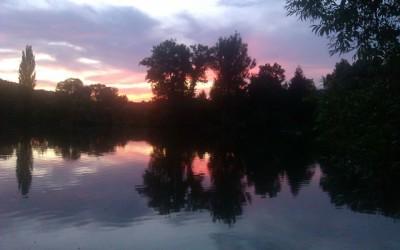 Netlačit řeku